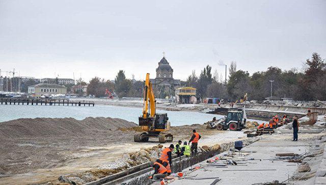 Работы по берегоукреплению и строительству гидротехнических сооружений на набережной им. Терешковой в Евпатории