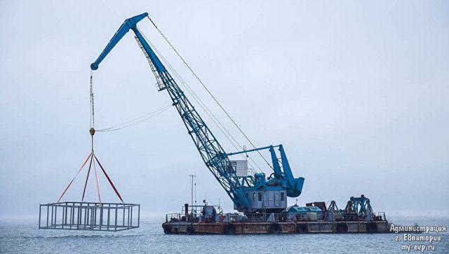 Строительство искусственных рифов в акватории возле набережной им. Терешковой в Евпатории