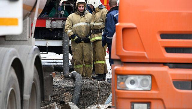 Устранение аварии на водоводе в центре Симферополя. 9 декабря 2018