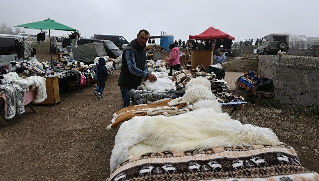 Торговля на плато Ай-Петри в Крыму