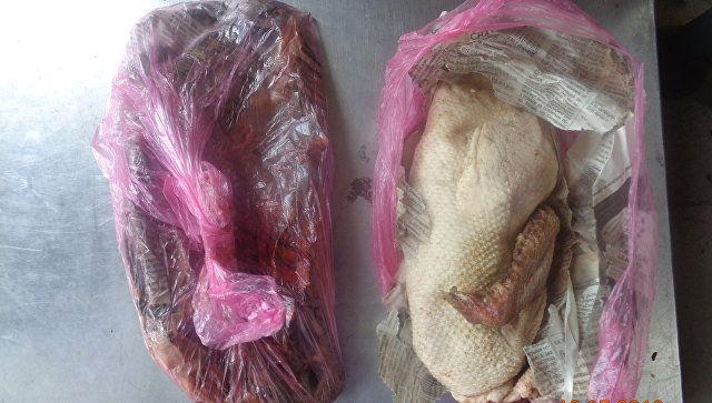 Мясо птицы, которое пытались провезти в Крым с Украины