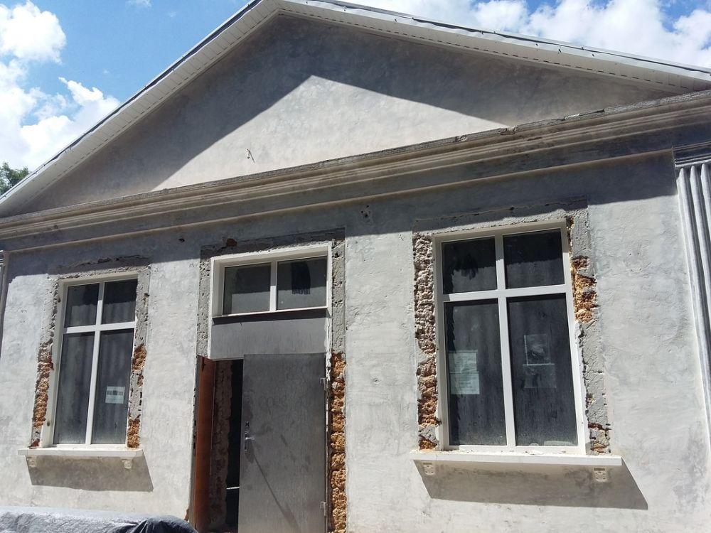 На территории Симферопольского района начаты работы по ремонту культурно – досуговых учреждений
