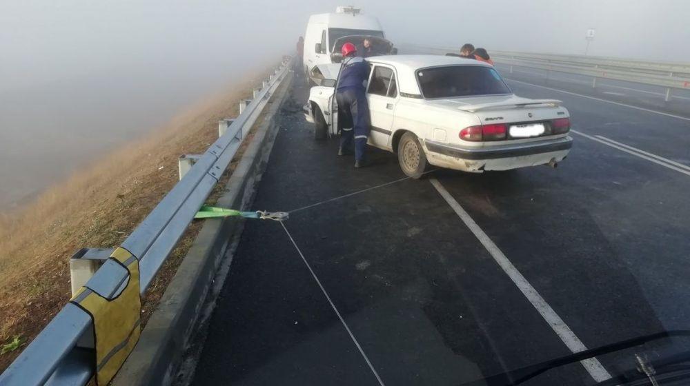 На Тавриде из-за тумана столкнулись пять автомобилей