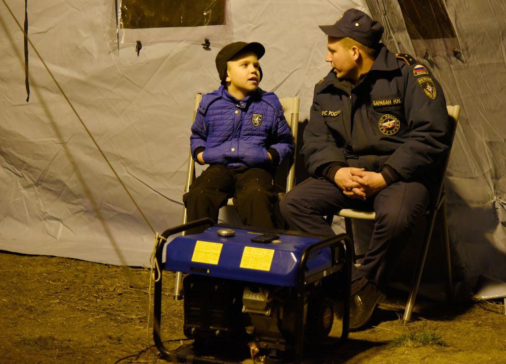 Световые столбы и шашлыки во дворах: как в Крыму вспоминают блэкаут