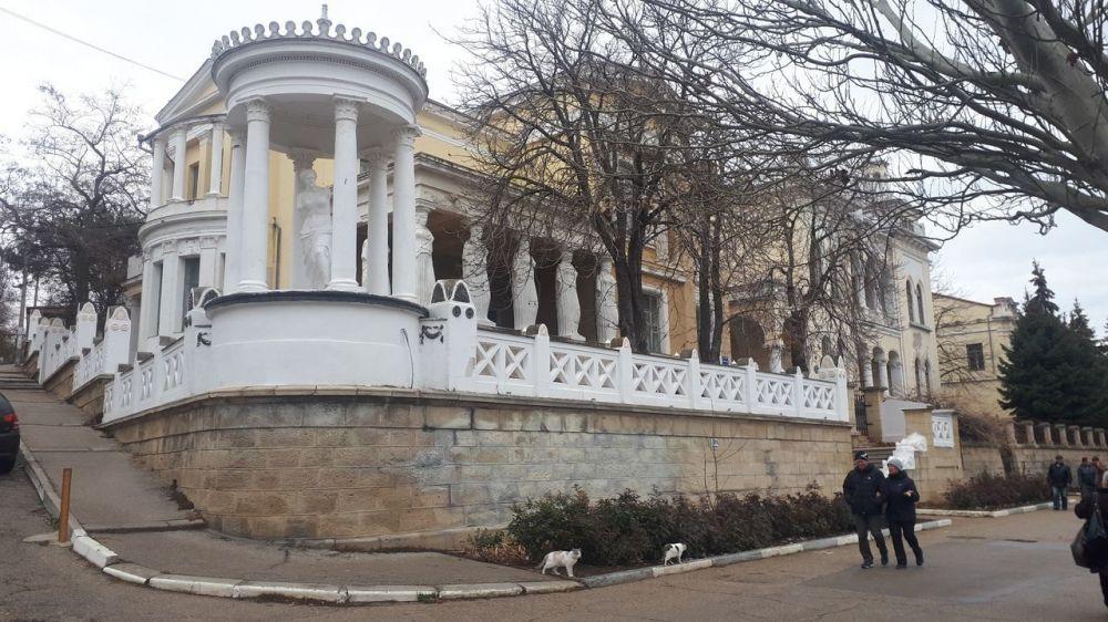 Семь феодосийских дач: у особняков на набережной появился шанс