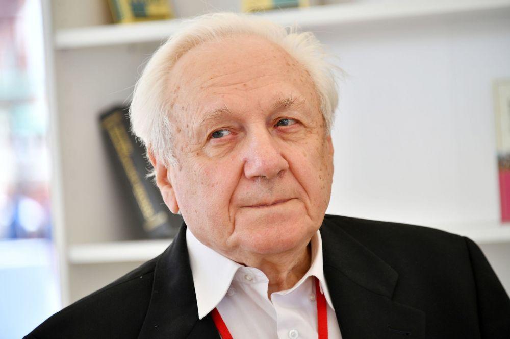 Соратник Ельцина оценил конституционную реформу Путина