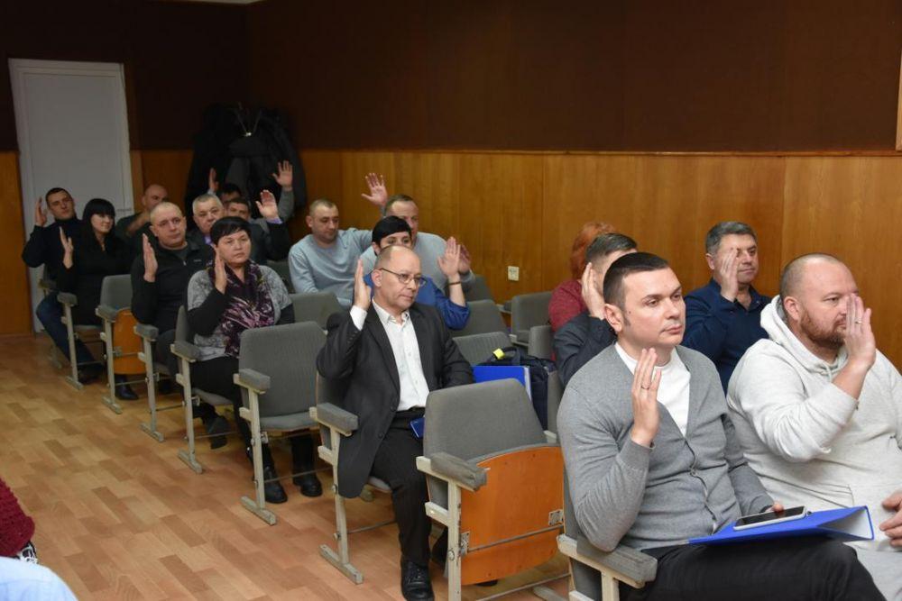 В Красноперекопске состоялось заседание внеочередной сессии городского совета