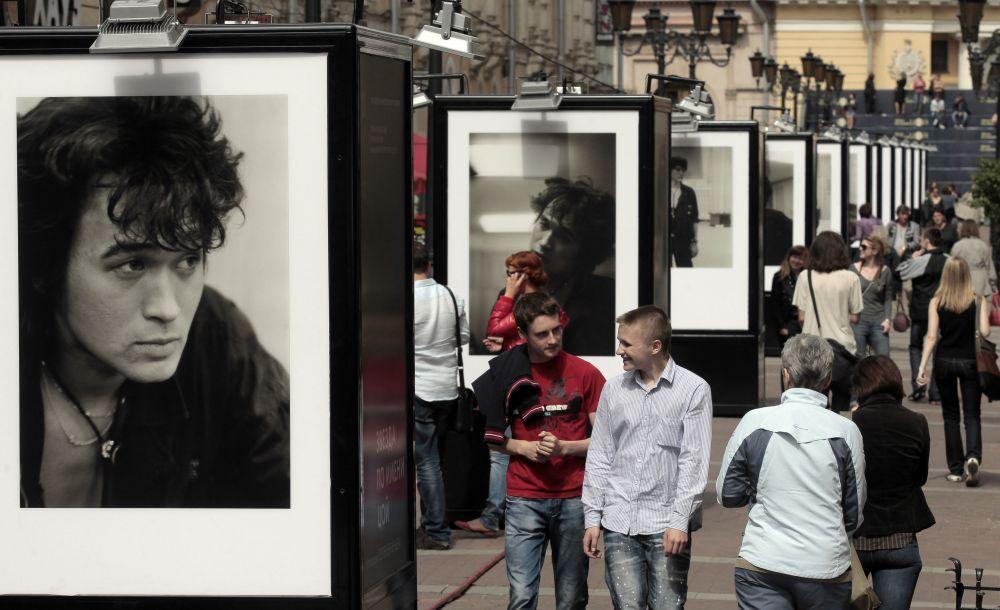 30 лет со дня гибели Цоя, который жив: феномен народной любви