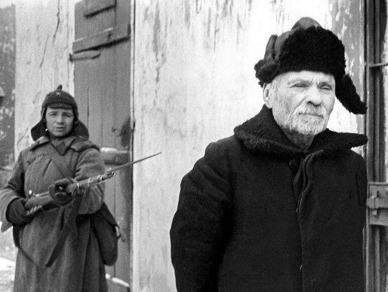Сожжены в своих домах: документы рассказывают об оккупации Крыма